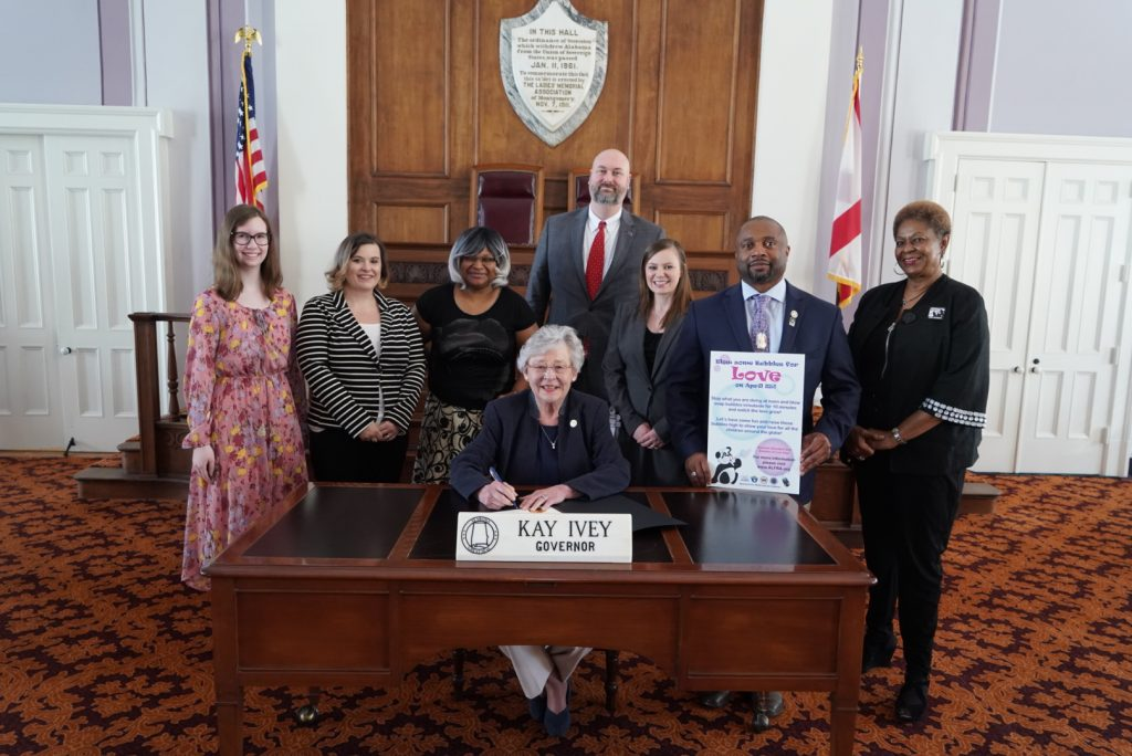 Alabama Family Rights Association Governor Signs Proclamation For Parental Alienation Prevention Week